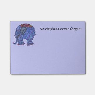 Post-it® Éléphant bleu mignon et coloré de griffonnage sur