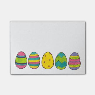 Post-it® L'oeuf peint coloré de panier de Pâques Eggs le