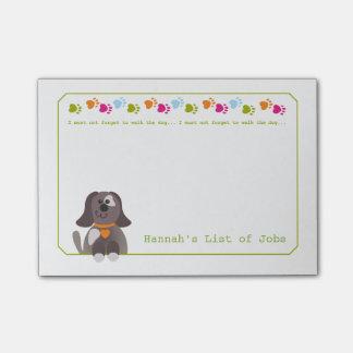 Post-it® Marchent les notes de post-it de chien