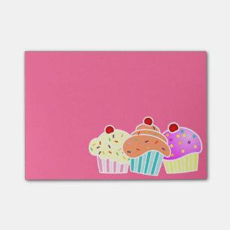 Post-it® Note collante de 3 petits gâteaux