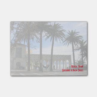 Post-it® Palmiers sur la promenade à Nerja, Espagne