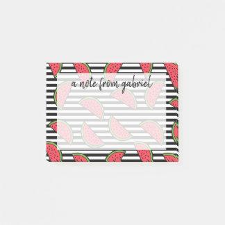 Post-it® Pastèque sur le motif noir et blanc de rayures