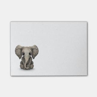 Post-it® Veau mignon d'éléphant de bébé s'asseyant