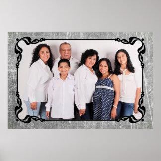 Poster Affiche grise et noire de photo de famille de