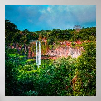 Poster Cascade tropicale de forêt tropicale
