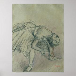 Poster Danseur d'Edgar Degas | fixant sa pantoufle,