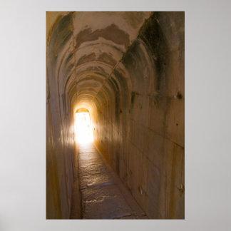 Poster Didyma ruine le tunnel