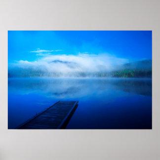 Poster Dock sur le lac brumeux calme, la Californie