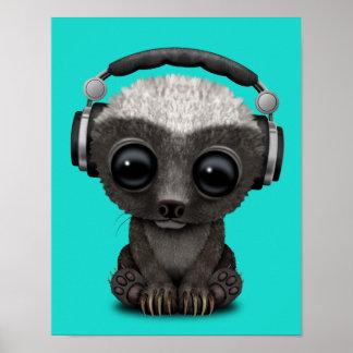 Poster Écouteurs de port mignons du DJ de blaireau de