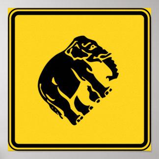 Poster Éléphants de précaution croisant le ⚠ thaïlandais