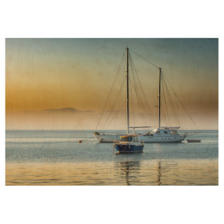 Poster En Bois Yacht et bateau renversants à la marina