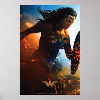 Poster Femme de merveille courant sur le champ de