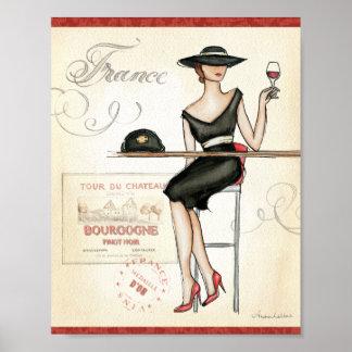 Poster Femme française buvant du vin rouge
