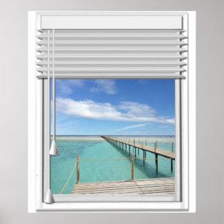 Poster Fenêtre de Faux de vue d'océan avec des abat-jour