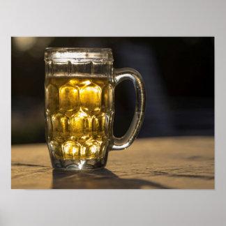 Poster Fin de boisson en verre de bière, l'Inde