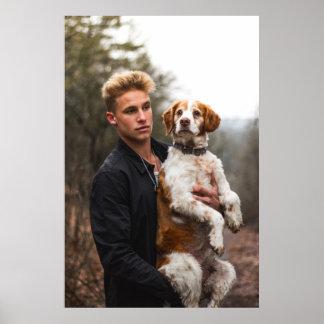 Poster Garçon et chien blonds