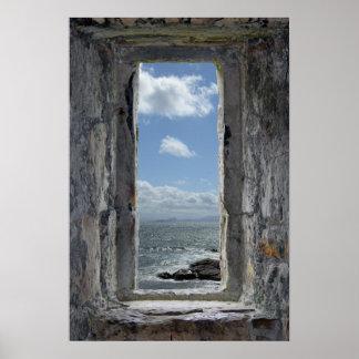 Poster Illusion de fenêtre de château avec la vue de