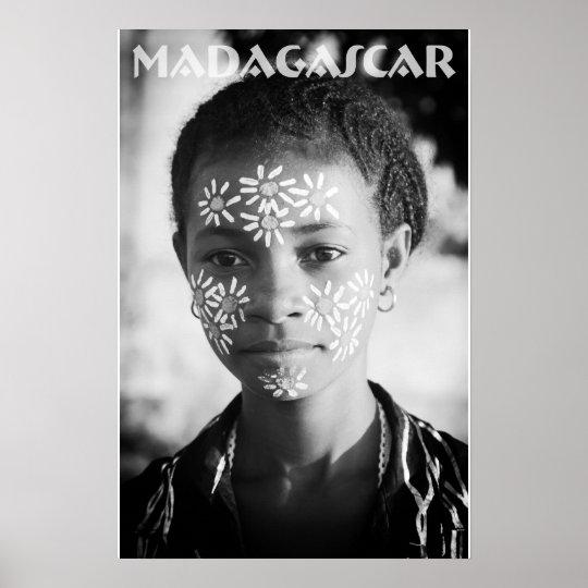 Poster Jeune femme nosybéenne
