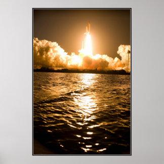 Poster La navette spatiale enlèvent