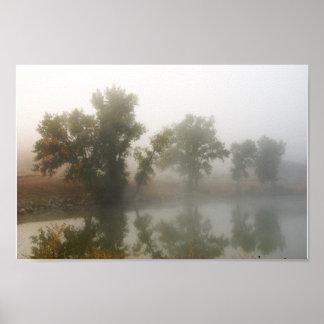 Poster Lac shadow dans la brume
