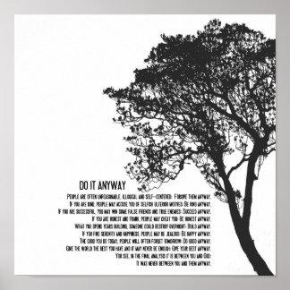 Poster L'arbre noir et blanc le font de toute façon