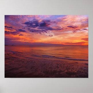 Poster Le phare à l'affiche de lever de soleil
