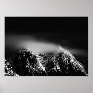 Poster Longs nuages noirs et blancs d'exposition