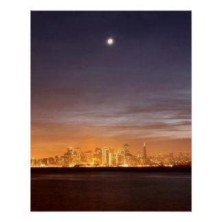 Poster Lune plaçant au-dessus de San Francisco décembre f