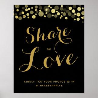 Poster Médias sociaux d'or et de noir épousant le hashtag