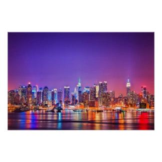 Poster Midtown Manhattan la nuit avec l'empire Stae