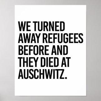 Poster Nous avons tourné loin des réfugiés avant et ils