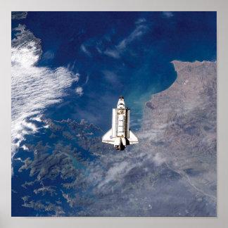 Poster Orbite terrestre de l'effort de navette spatiale