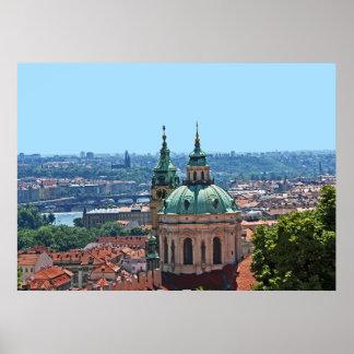 Poster Panorama de Prague avec l'église de Saint-Nicolas