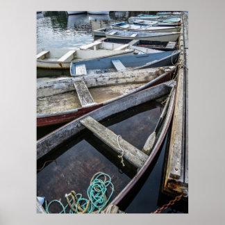 Poster Petits bateaux amarrés en crique de Perkins