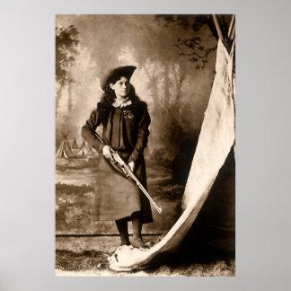 Poster Photo vintage de Mlle Annie Oakley Holding un