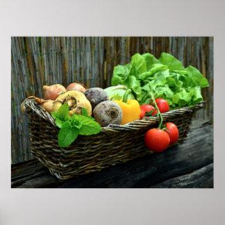 Poster Récolte végétale de thanksgiving dans un panier