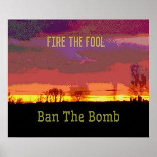 Poster Résistance politique de #Banthebomb rouge de ciel