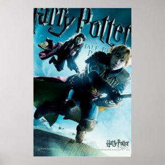Poster Ron et Ginny sur les balais 1