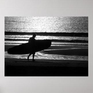 Poster Surfer sur le sable