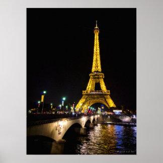 Poster Tour Eiffel par nuit plus d'affiche à Paris,