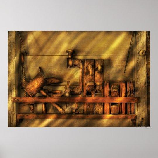 poster travailleur du bois outils de travail en bois. Black Bedroom Furniture Sets. Home Design Ideas