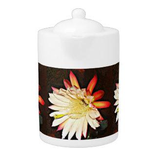 Pot blanc/rouge de thé de fleur de cactus