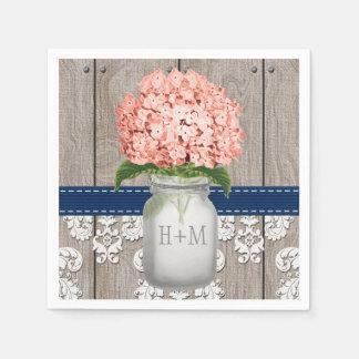 Pot de maçon décoré d'un monogramme de corail serviette en papier