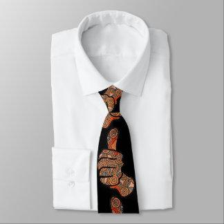Pouces vers le haut de cravate indigène noire