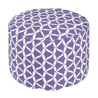 Pouf Campanule pourpre ultra-violette de pré de fleur