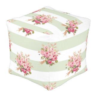 Pouf rose de carré de rayure de basilic du bouquet