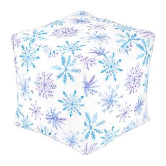 Pouf simple pourtant élégant de cube en flocons de