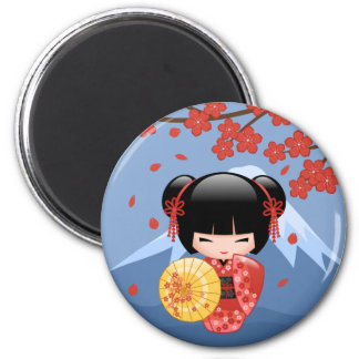 Poupée rouge de Sakura Kokeshi - fille de geisha Magnet Rond 8 Cm