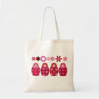 poupée russe rose sac