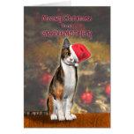 Pour la grand-mère, un chat drôle dans un chapeau carte de vœux